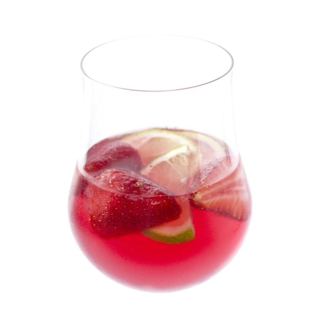 sangria de rosé com morango e lima1