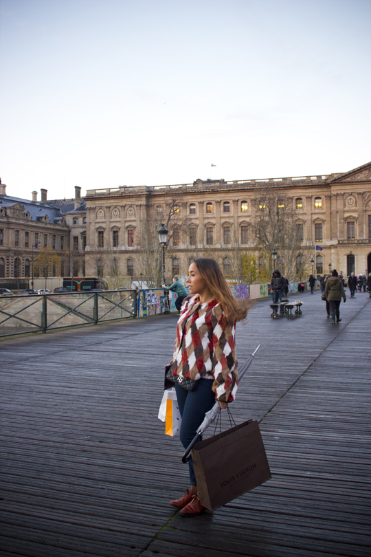 Paris - 12m